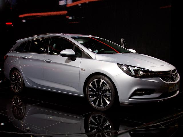 Opel Astra Sports Tourer - Innovation