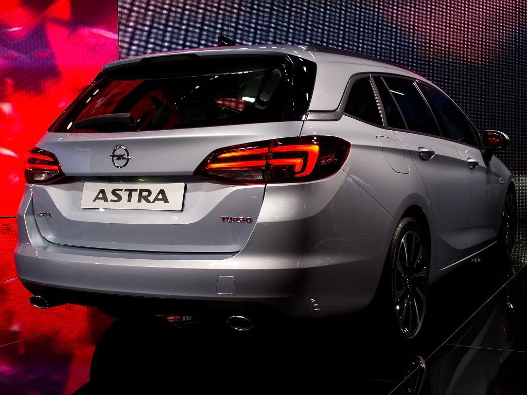 opel astra sports tourer st 1.6 diesel ultimate 100kw s/s