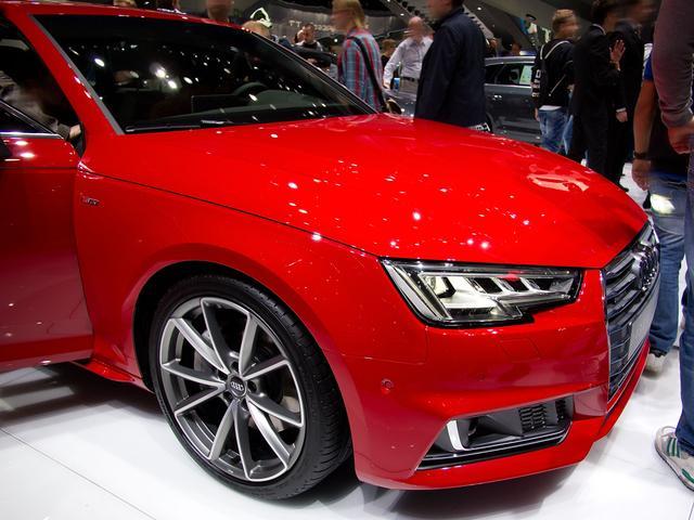 Audi A4 Limousine - 35 TFSI advanced