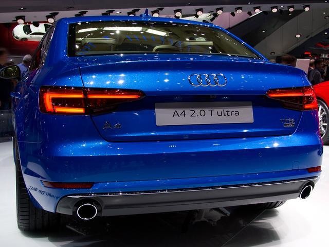 Audi A4 Limousine - 40 TDI S tronic line