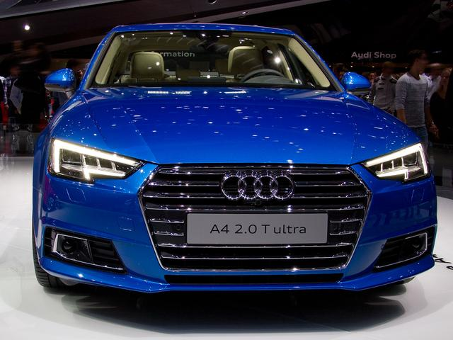 Audi A4 Limousine - 40 TDI S tronic quattro line