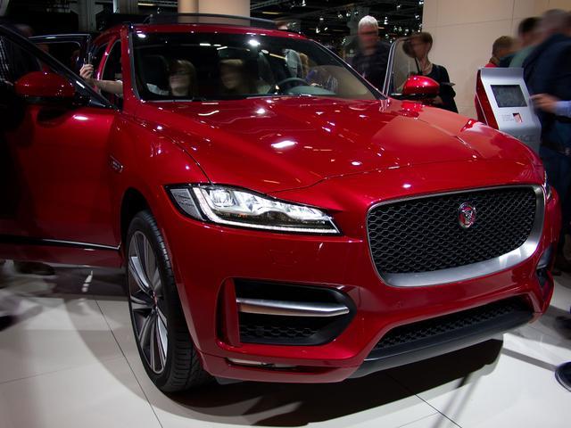 Jaguar F-Pace - E-Performance Pure