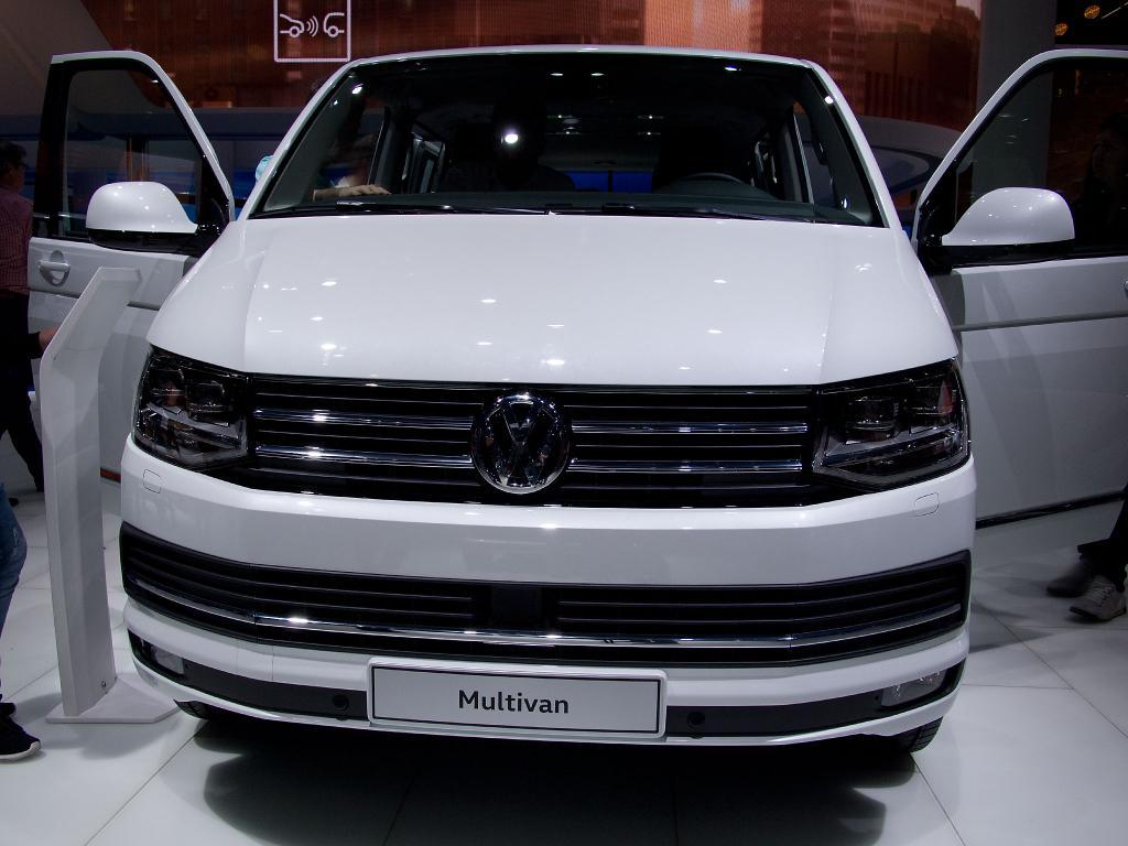 EU-Neuwagen - Volkswagen T6 Multivan    Launch