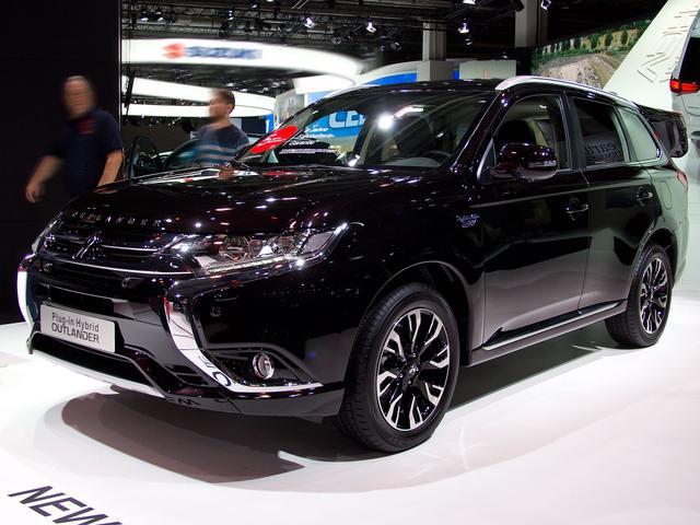 mitsubishi outlander 2.4 mivec plug-in hybrid 4wd top neuwagen