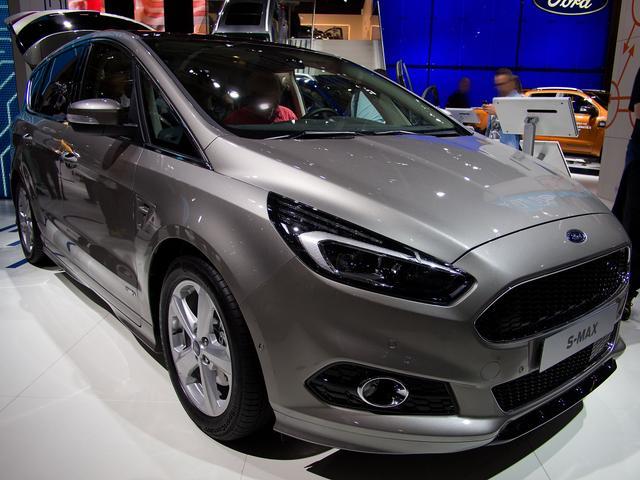 Ford S-MAX - 2,0 EcoBoost 176kW Titanium Automatik