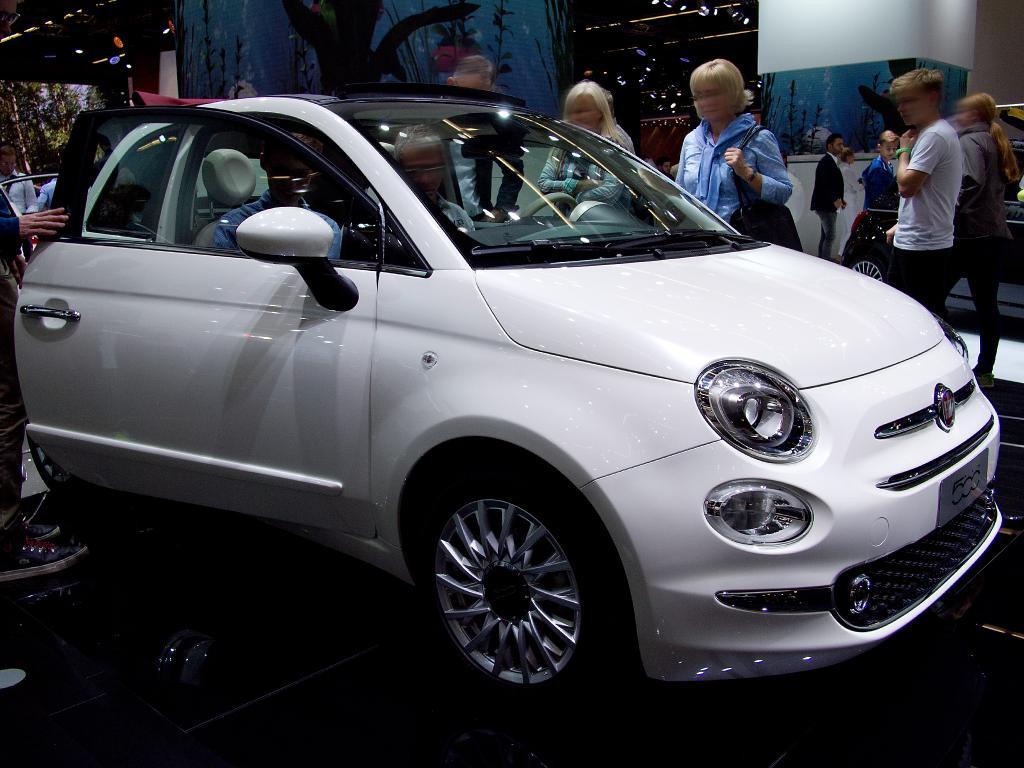 Fiat 500c 1 0 Gse N3 Hybrid Lounge C Beim Autodiscountnord Gunstig Online Kaufen