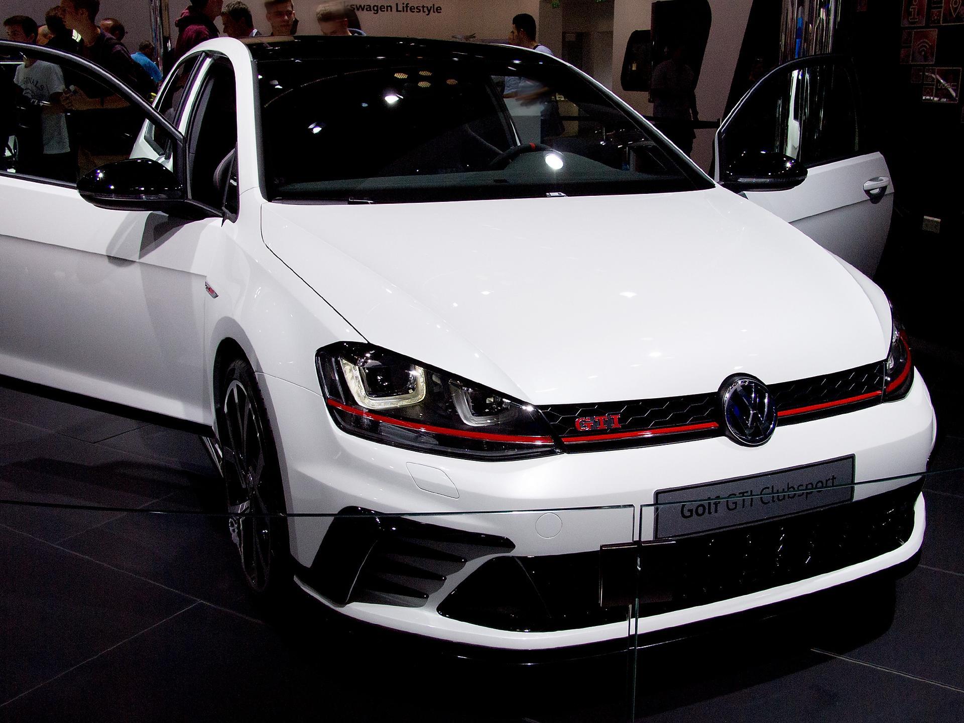 Volkswagen Eu Golf Gti Clubsport 5 Türig 2 0 Tsi 265ps Dsg6 Navi