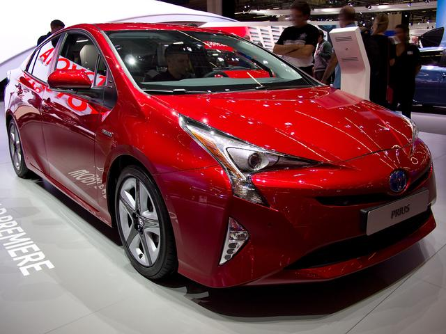 Toyota Prius - 1.8-l-VVT-i Plug-in Executive