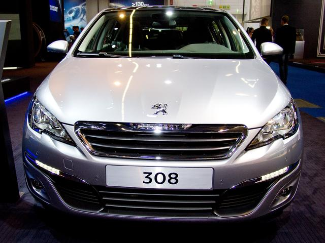 Peugeot 308 - PureTech 130 EAT8 Active