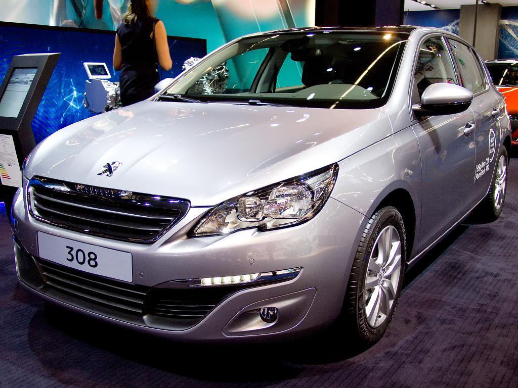 peugeot 308 bluehdi 130 style diesel   eu-neuwagen, reimport bis zu 35%  günstiger