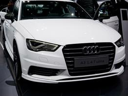 Audi A3 Sportback      30 TDI advanced