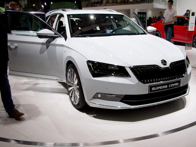 Skoda Superb Combi - 1.5 TSI ACT L&K