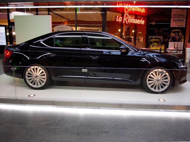Skoda Superb Limousine