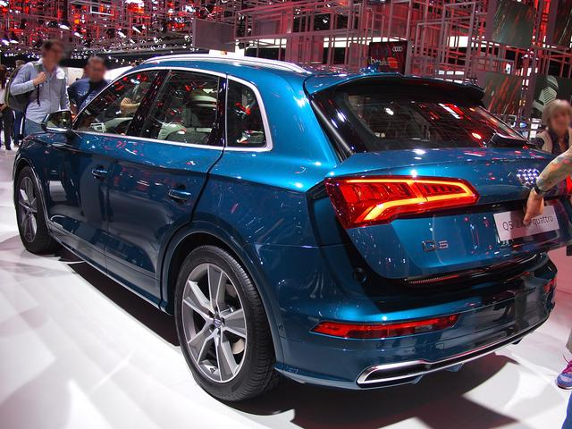 Audi Q5 - 55 TFSI e S tronic quattro