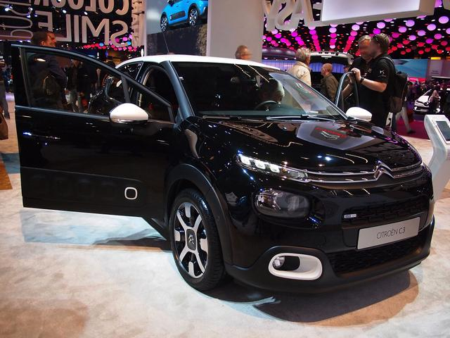 Citroën C3 - BlueHDi 100 Stop&Start SHINE