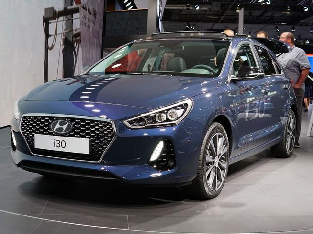 Hyundai i30      1.0 T-GDI YES!
