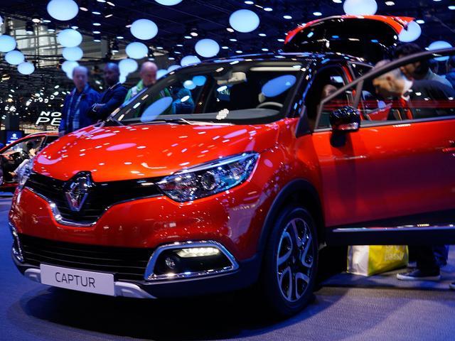 Bestellfahrzeug, konfigurierbar Renault Captur - TCe 90 Intens
