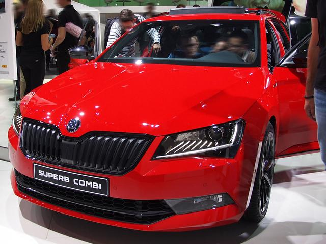 Skoda EU Superb Combi - Ambition 2.0 TDI 150PS DSG7 2019