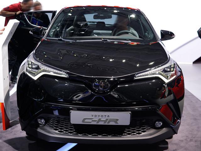 Toyota C-HR - 1.8-l-VVTi Hybrid Style Selection