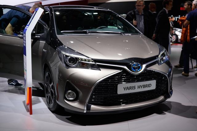 Bestellfahrzeug, konfigurierbar Toyota Yaris - 1,5-l-Dual-VVT-iE Style Selection