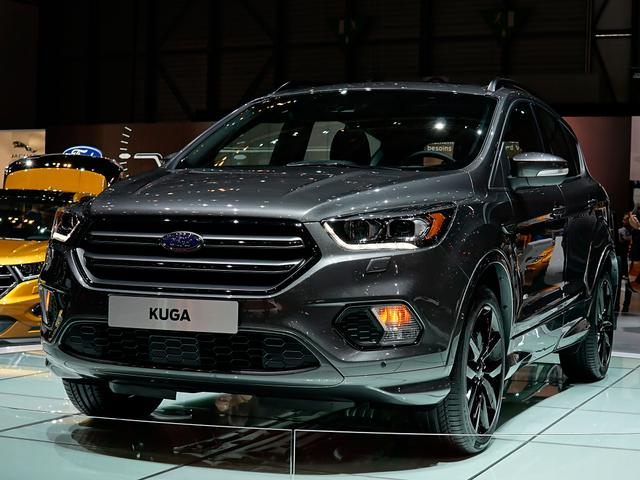 Ford Kuga - 2,0 TDCi 4x2 110kW COOL & CONNECT