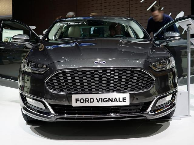 Ford Mondeo Turnier - 2,0 TDCi 140kW Vignale AT. Allrad