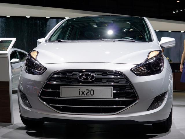 Lagerfahrzeug Hyundai ix20 - Premium 1.6 Automatik