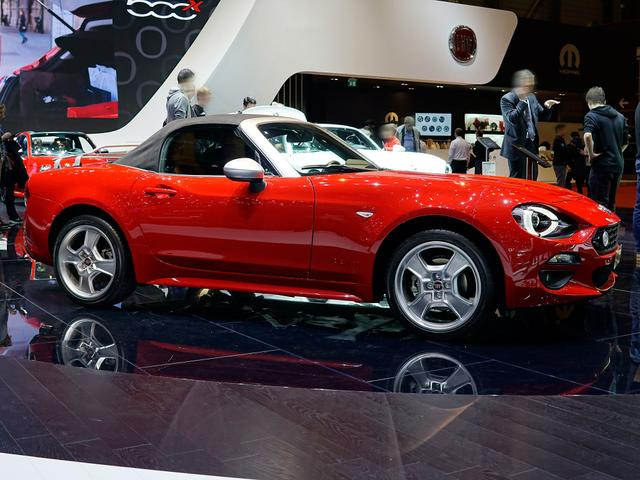 Fiat 124 Spider - 1.4 MultiAir Turbo Europa Limited Edition