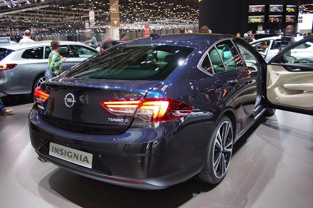 Opel Insignia Grand Sport - 1.5 Diesel 90kW Elegance GS
