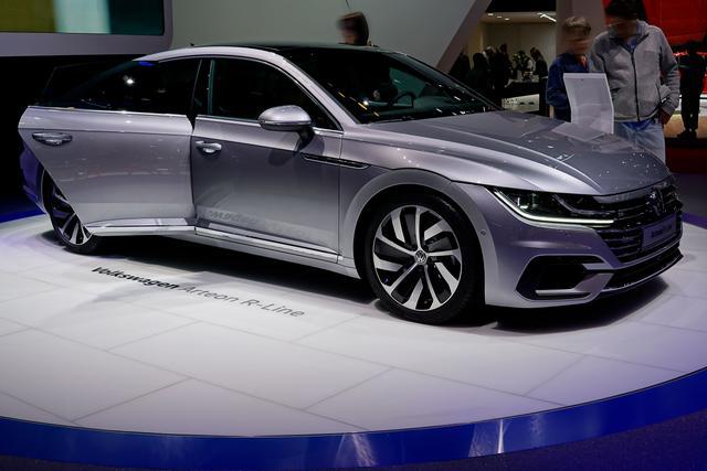 Volkswagen Arteon 2.0 TDI SCR DSG R-Line