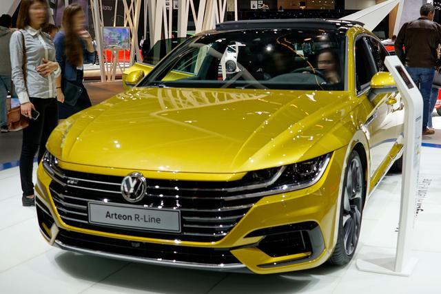 Volkswagen Arteon - R-Line Business 2.0 TSI OPF 190PS/140kW DSG7 2020