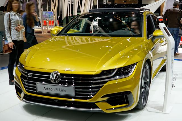 Volkswagen Arteon - R-Line Business 2.0 TSI SCR 190PS/140kW DSG7 2020 - Lagerfahrzeug