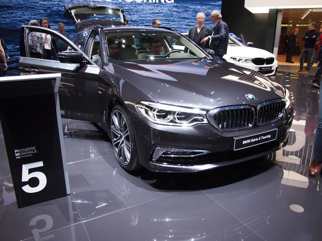BMW 5er Touring - 520d xDrive A