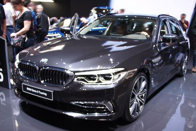 BMW 5er Touring - M550d xDrive A
