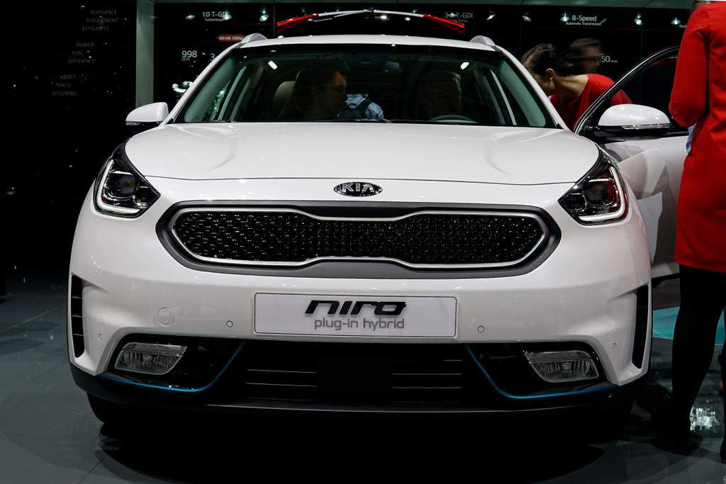 kia niro 1 6 gdi hybrid edition 7 restart auto. Black Bedroom Furniture Sets. Home Design Ideas
