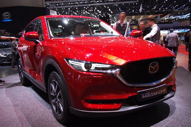 Mazda CX-5 - 2.0 SKYACTIV-G 165 Center-Line FWD