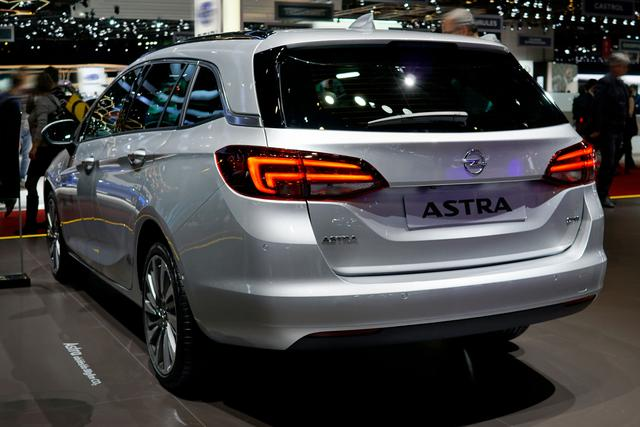 Opel Astra Sports Tourer - ST 1.6 Diesel Selection 81kW S/S