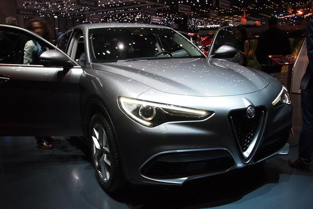 Alfa Romeo Stelvio - 2.0 Turbo 16V 147kW AT8-Q4