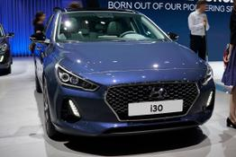 Hyundai i30      1.6 CRDi 100kW Hybrid Trend