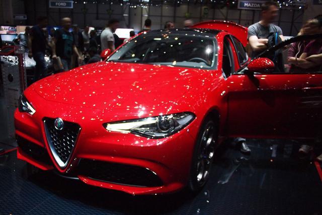 Alfa Romeo Giulia - 280 Veloce Q4