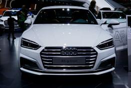 Audi A5 Sportback      40 g-tron S tronic line