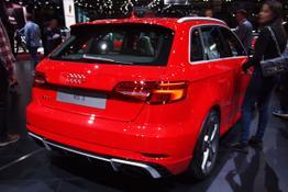Audi RS3      2.5 TFSI S tronic quattro Sportback