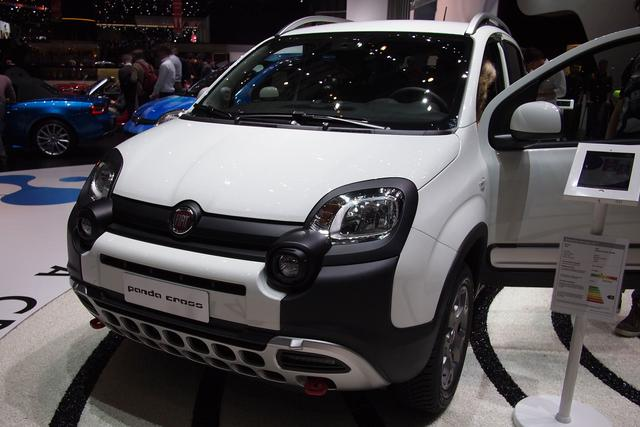 Fiat Panda - 1.0 GSE Hybrid CROSS