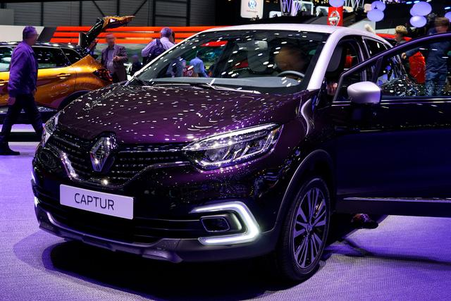 Bestellfahrzeug, konfigurierbar Renault Captur - TCe 90 Bose Edition