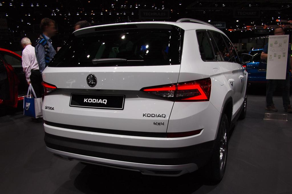skoda kodiaq active 1 5 tsi eu neuwagen reimporte. Black Bedroom Furniture Sets. Home Design Ideas