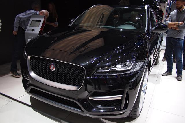 Jaguar F-Pace - E-Performance Prestige
