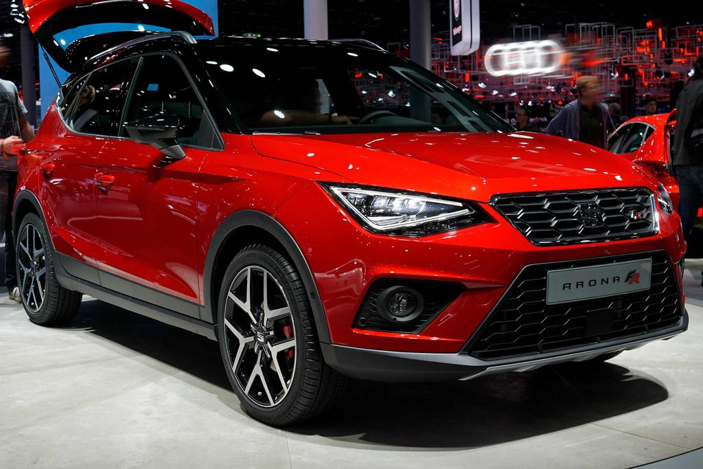 seat arona 1 5 tsi start stop 110kw fr beim. Black Bedroom Furniture Sets. Home Design Ideas