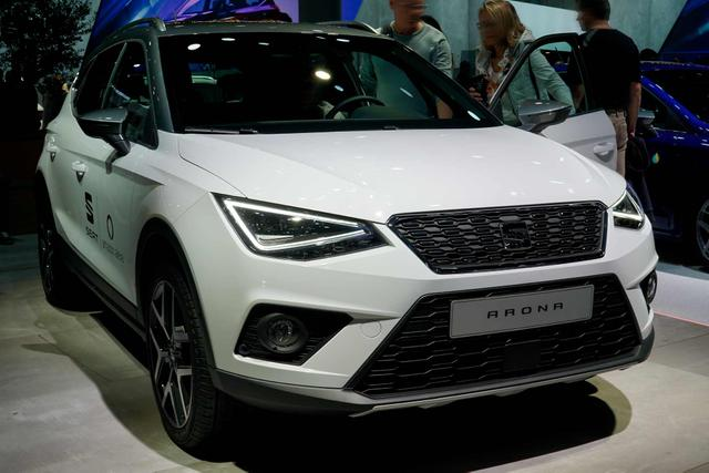 Seat Arona - FR +Full LED, Vision Pack, Winterpaket, Connectivity Plus Paket