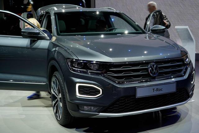 Volkswagen T-Roc - Sport 2.0 TDI 150 PS DSG, LED , Alus 17