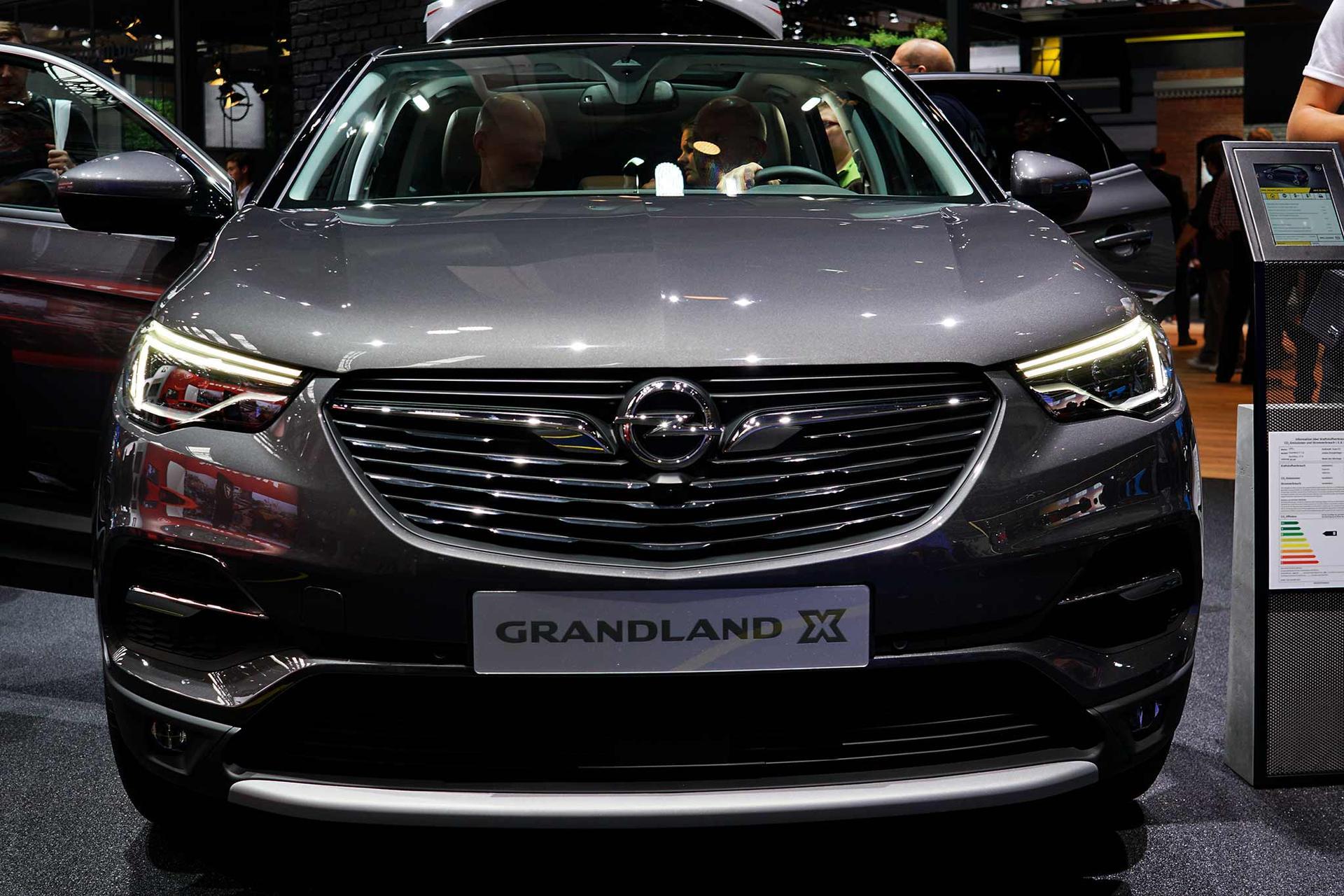 opel grandland x 1.6 turbo 133kw business innovation auto neuwagen